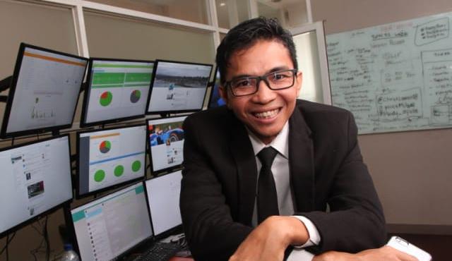 Orang Indonesia Pertama yang Berpenghasilan Rp.1 Miliar dari Google Adsense