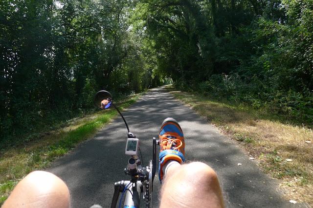 De Paris à la Rochelle en vélo couché, piste cyclable à Reugny