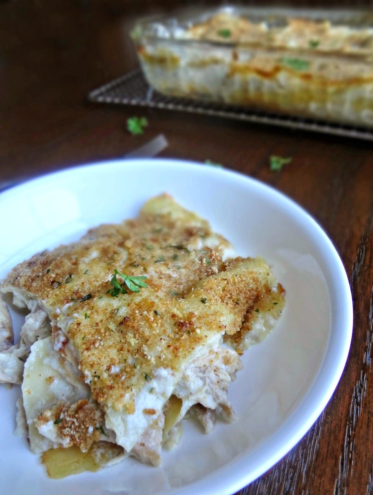 Anyway. So like....I love chicken. I love garlic. I love lasagna. I ...
