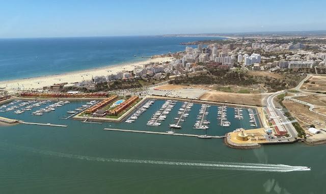 Iate clube de Portimão – Portugal
