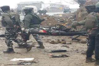 militant-attacked-on-srinagar-jammu-highway in Pulwama