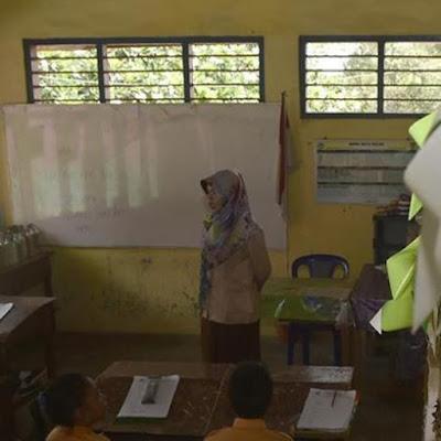 Guru Wajib Bertugas 10 Tahun di Daerah Khusus