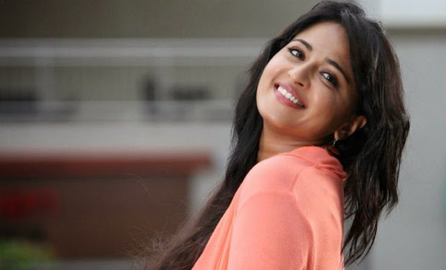 Best Actress Anushka Shetty Hd Wallpaper Download