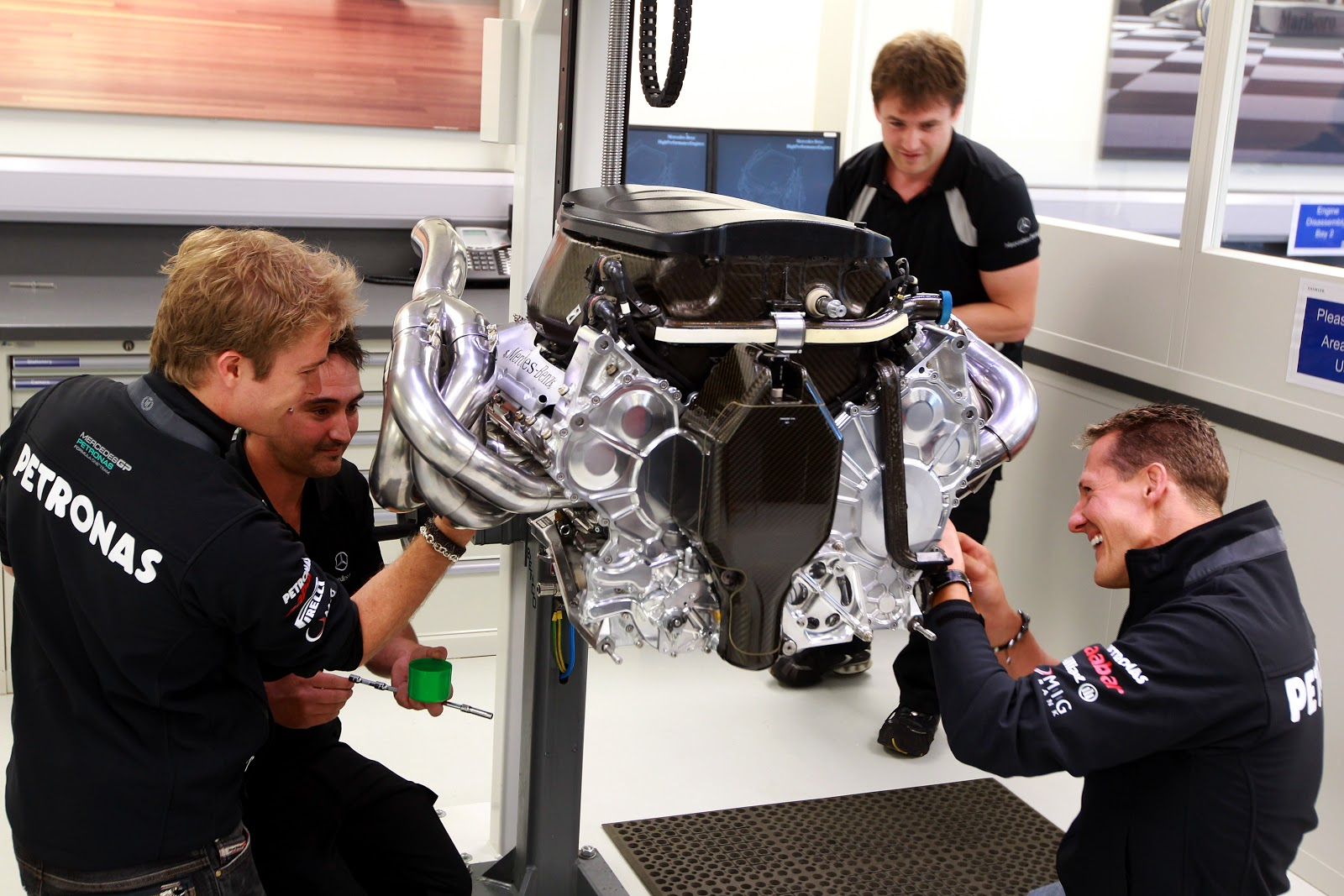 Formula One Engines - Video - way2speed