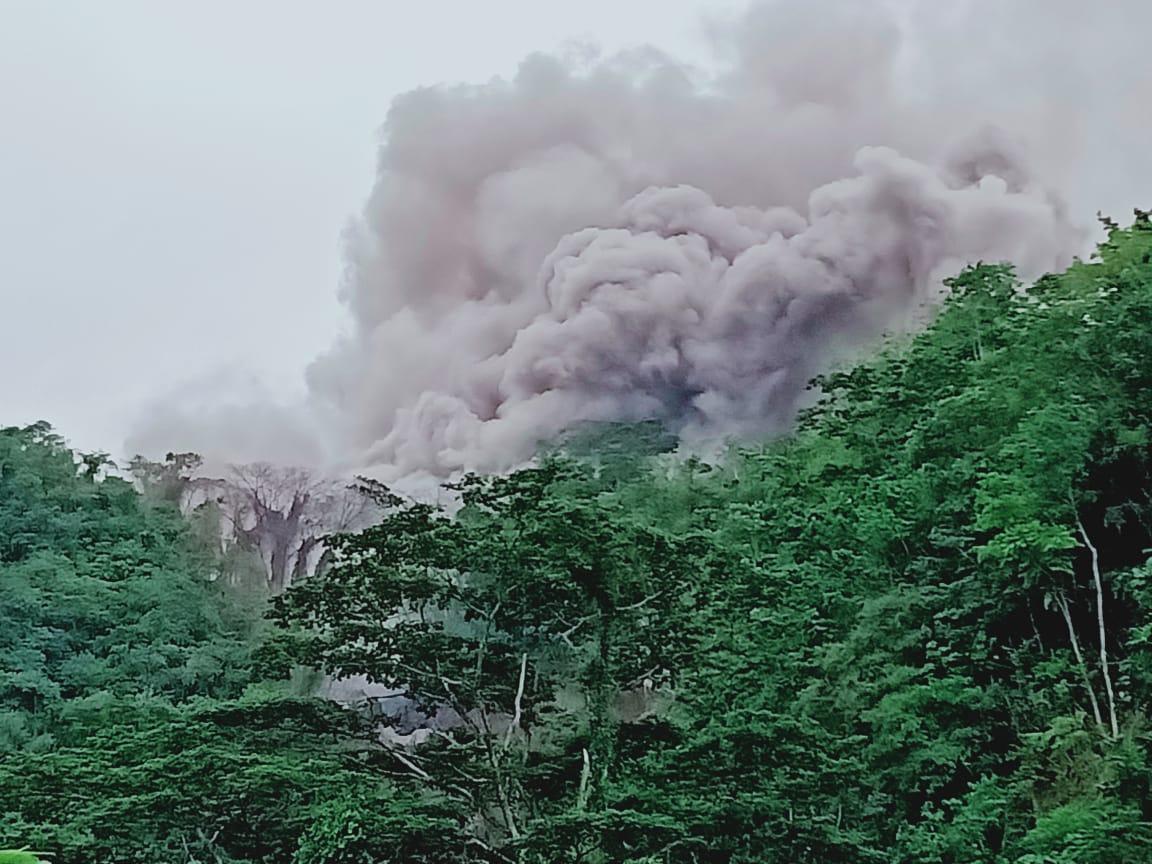 Lava Gunung Karangetang Sasar Aliran Sungai Dekat Pemukiman Warga Batubulan-Kawahang