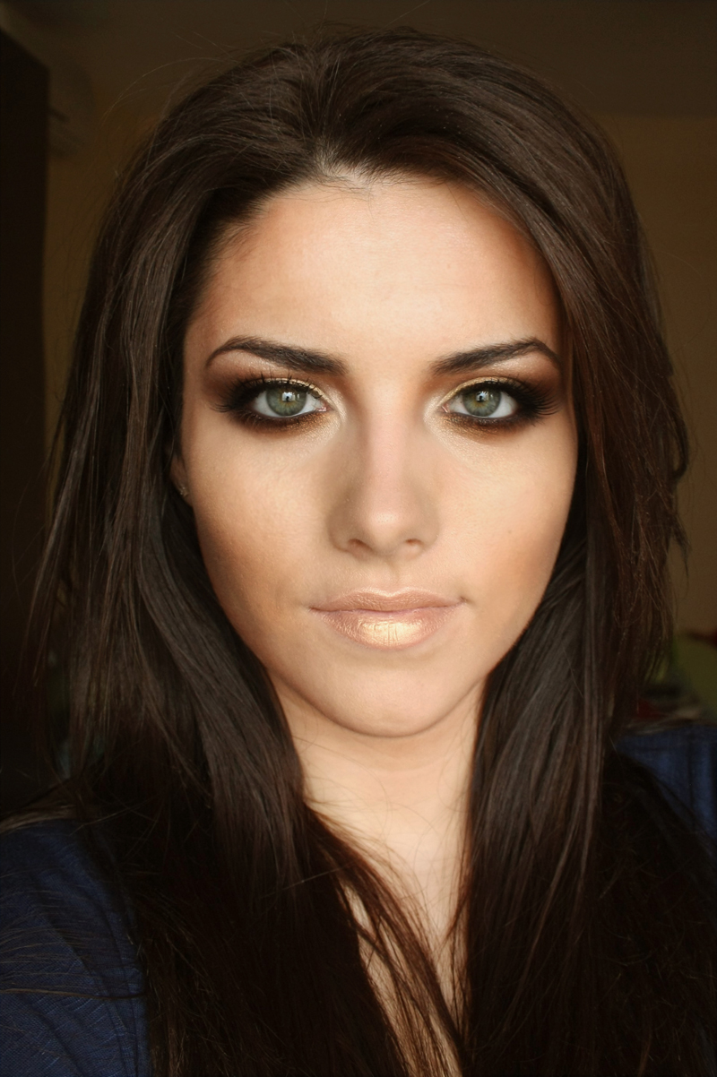 Deea Make Up Golden Smokey Eyes Kim Kardashian Inspired