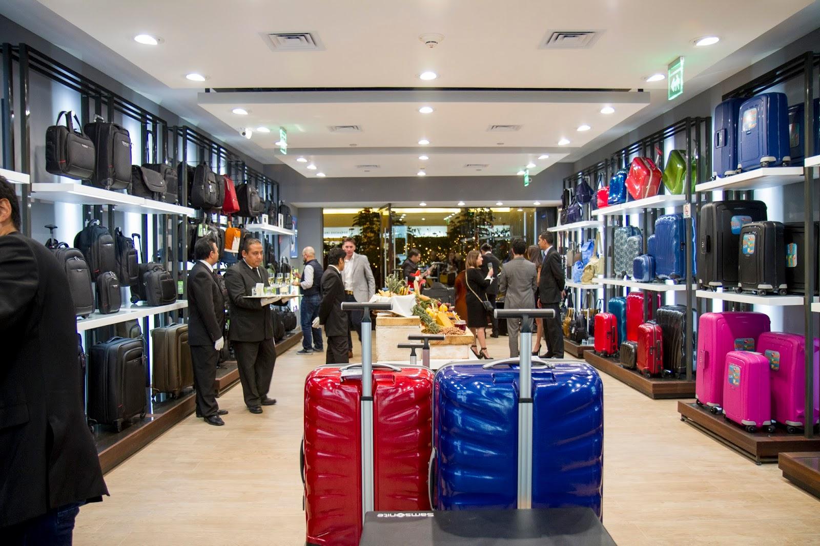 La tienda Samsonite Antara está ubicada en el primer piso de Antara Fashion  Hall y abrirá sus puertas celebrando su inauguración con un cocktail este  25 de ... ffabfca89a5be
