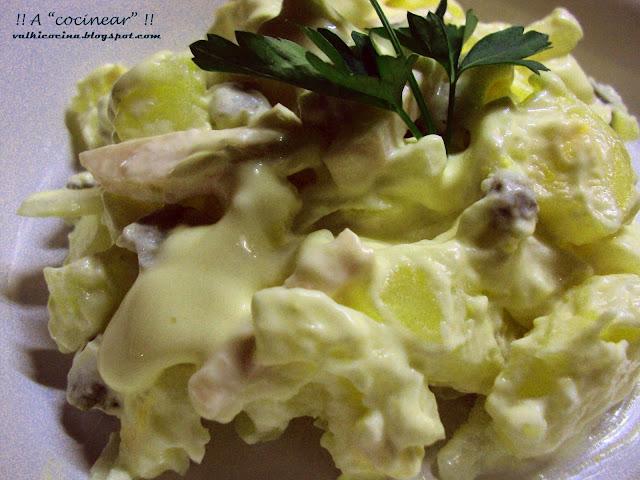 Ensalada alemana de patatas y jamón cocido o york