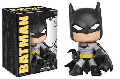 Batman Super Deluxe DC Comics Vinyl Figure by Funko