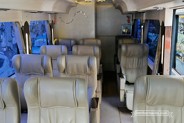 premium bus blue bird