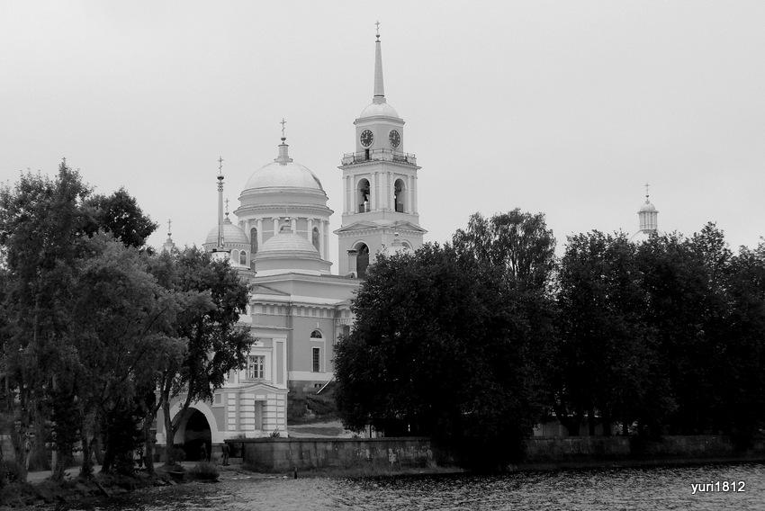 Мужской монастырь Нило-Столобенская пустынь