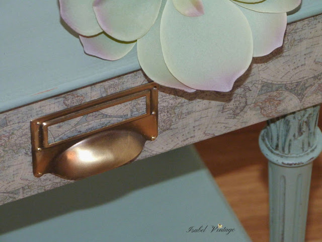 mesita-restaurada-chalk-paint-decoupage