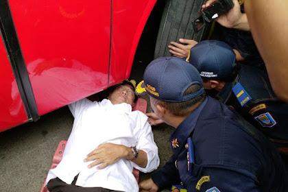 Mentri Jokowi Lop u Miyup Moto Bus Jak Pareksa 'Layak Jalan', Jiteume Meusangkot Pruet