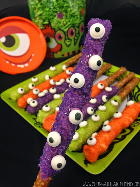 My Name Is Snickerdoodle: 25+ Candy Googley Eye Treats For ...