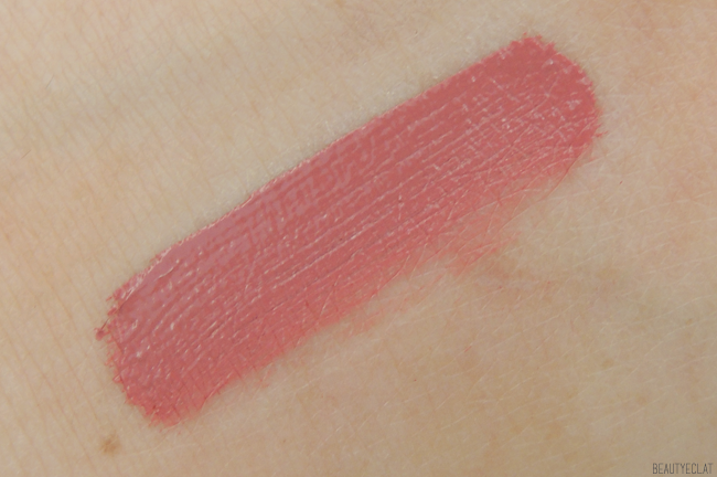 avis marc jacobs le marc liquid lip creme truth or bare swatch