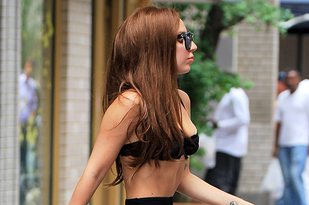 Celebrity Street Style: Lady Gaga in New York City