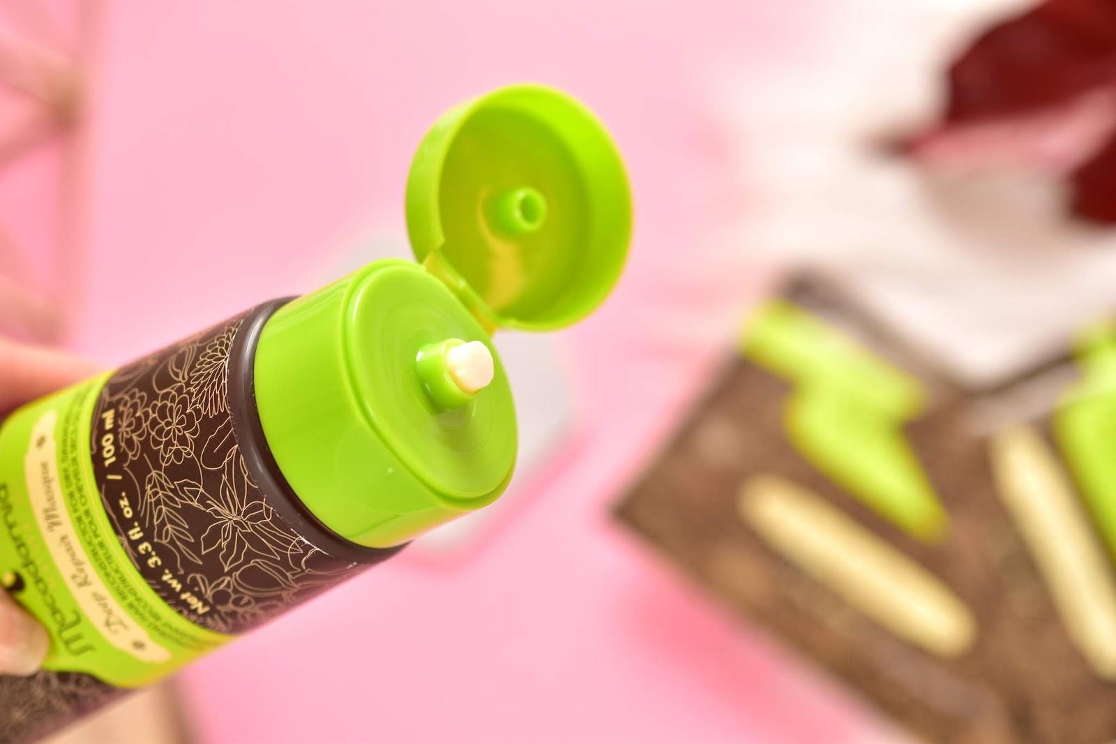 Macadamia Natural Oil maska na vlasy konzistencia