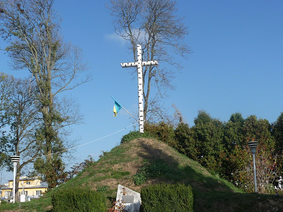 Жидачов. Памятник Борцам за волю Украины