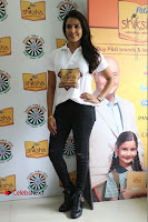 Actress Priya Anand with the Students of Shiksha Movement Event .COM 0004.jpg