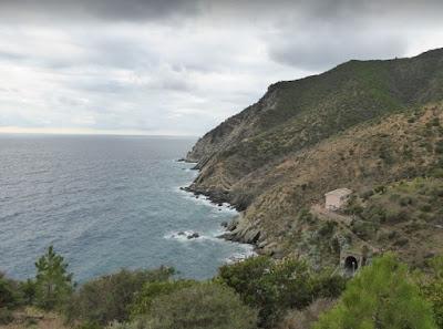 panorama della costa nei pressi di Valle Grande