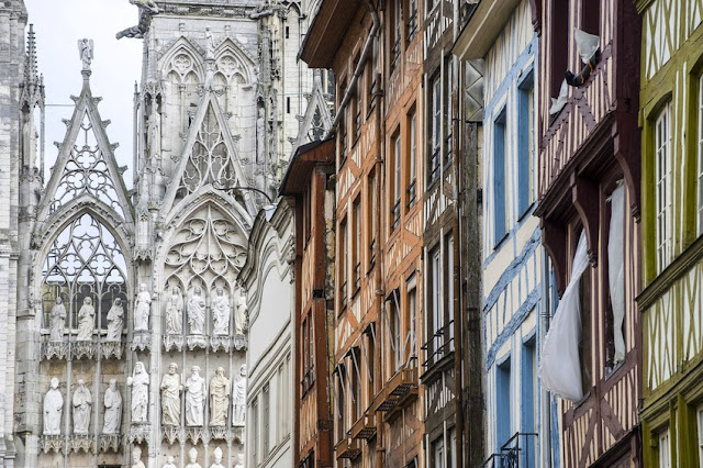 Rouen's Notre Dame Cathedral and half-timbered houses