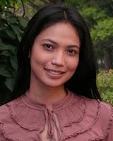Kinaryosih sebagai Elly ( Ibu Risa dan Riri )