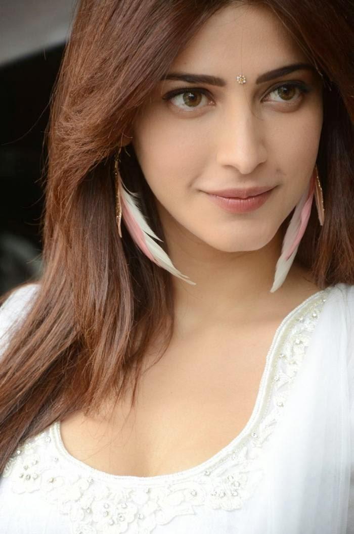 Cute Photos Of South Indian Actress Shruti Hassan Hd -5197