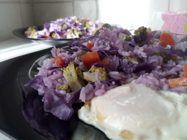 Receta: arroz morado con lombarda y otras verduras