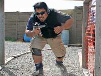Подготовка к стрельбе из пистолета