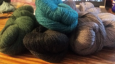 http://shareasale.com/r.cfm?b=751143&u=1446317&m=59159&urllink=&afftrack= lace weight yarn for a log cabin shawl for #fringeandfriendslogalong