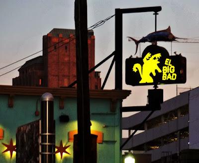 El Big Bad - Sign at dusk
