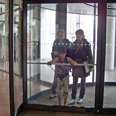 Clever and Creative Revolving Door Advertisements (20) 7