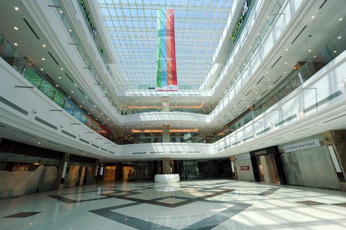 India S Largest Mall In Kochi Lulu Mall Netra Ananda