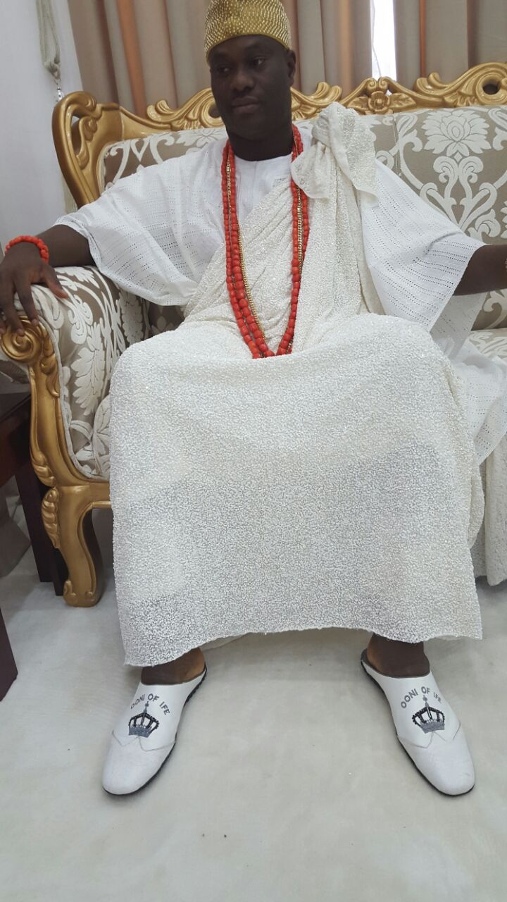 Meet Adesola Omotayo,The Ikorodu Cobbler Who Design All The Shoes Worn By Ooni Of Ife