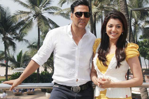 Download popular wallpapers 5 stars: Akshay & Kajal ...