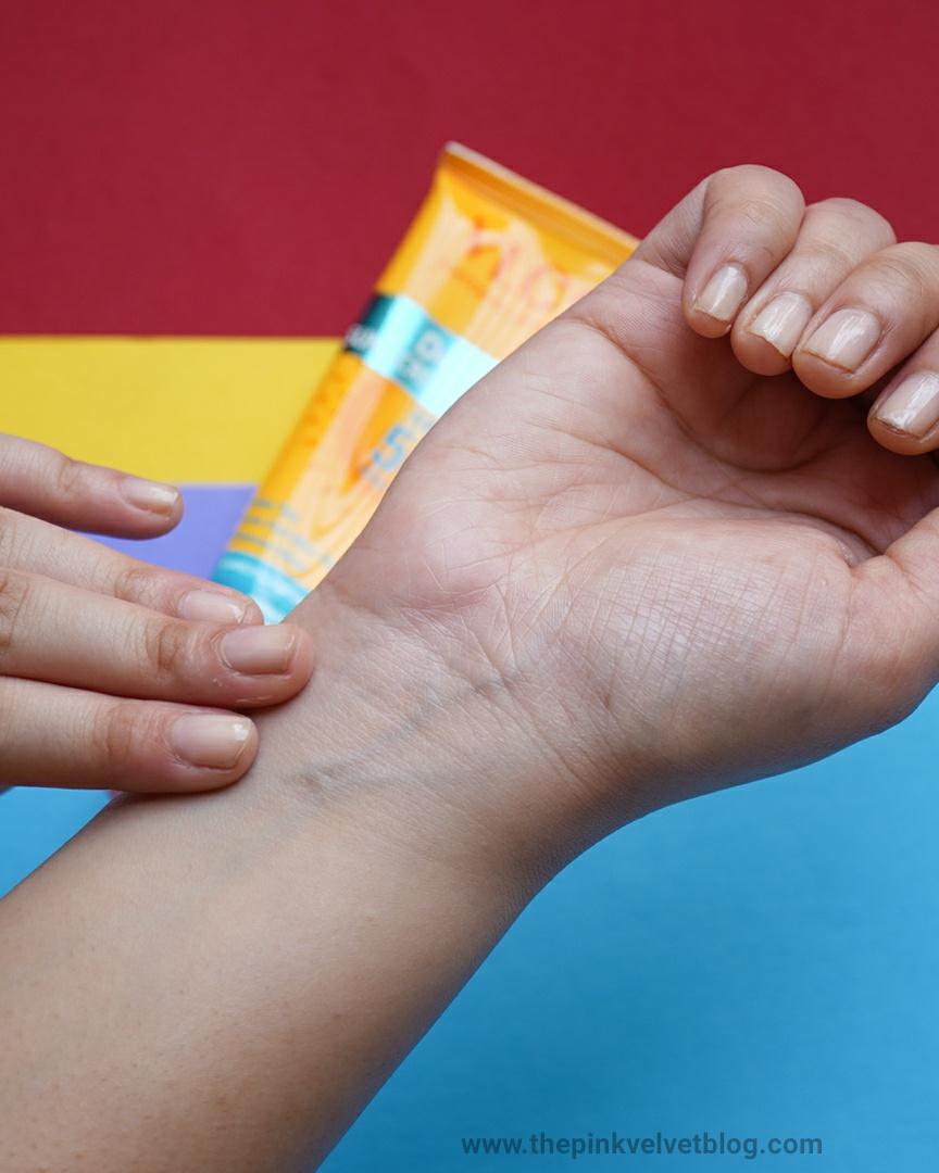 VLCC De-Tan Paraben-Free Sunscreen Gel Creme SPF 50 PA+++ Oily Skin