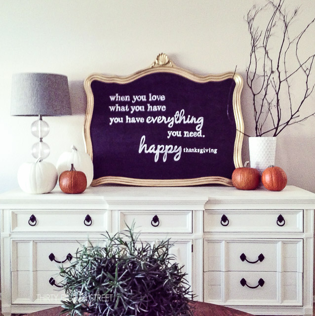 perfect lettering for chalkboards, how to make chalkboard designs, easy diy chalkboards, make your own chalkboard, framed chalkboard, diy chalkboard, chalkboard ideas