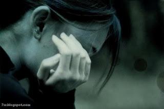صور بنات حزينه
