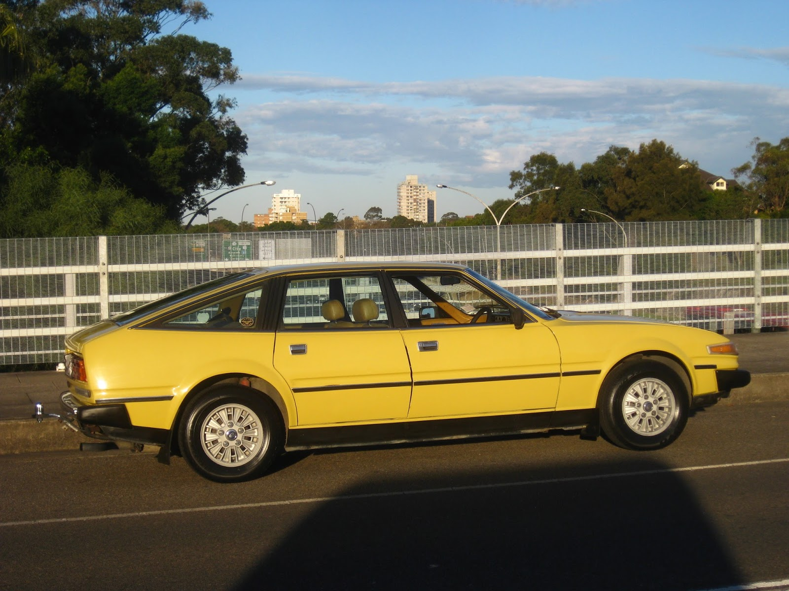 Aussie Old Parked Cars 1979 Rover SD1 3500