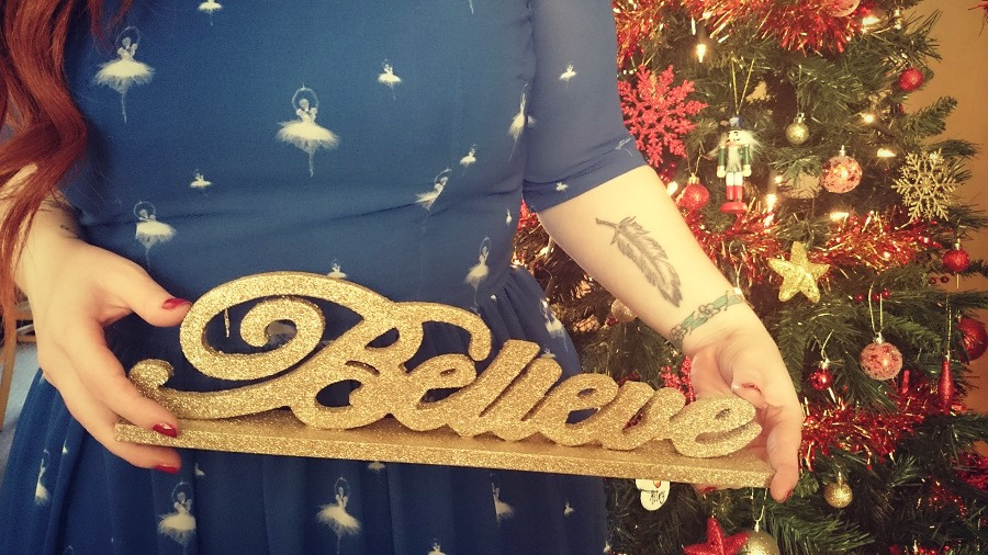 Festive Prints with I love Carousel, Tesco Home, Gold Glitter Believe Sign, Christmas decorations, The Style Guide Blog