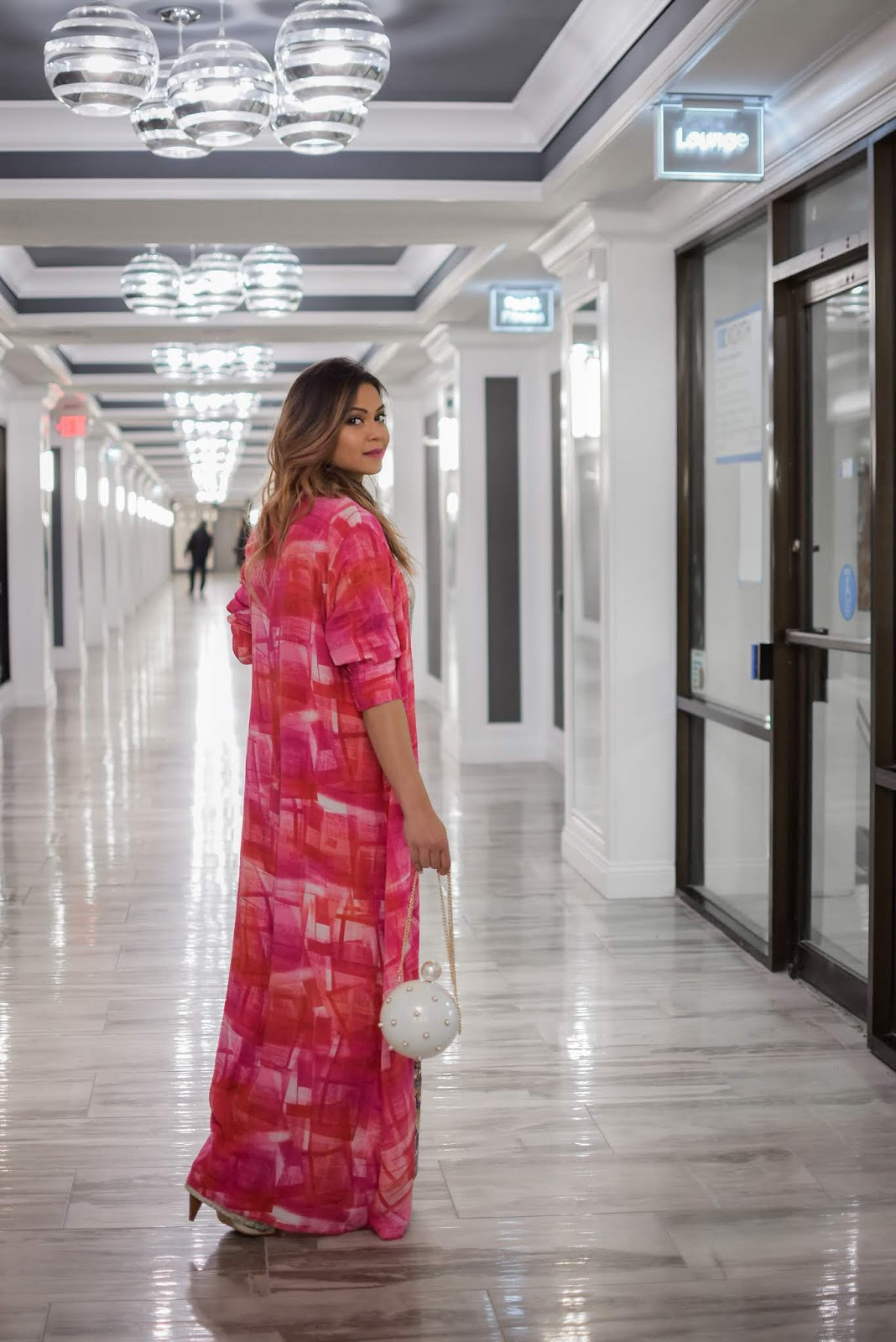 how wear  a maxi dress with cape, kimono style, wedding guest, wedding style, stylist, pumps, mules, rose gold hair, pink kimono style, myriad musings, dc blogger