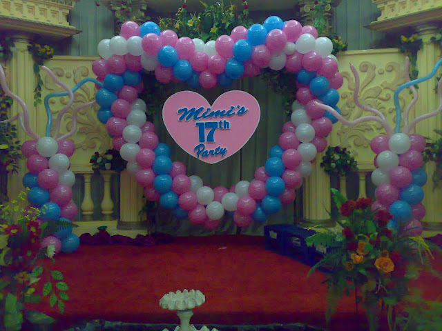 dekorasi balon sweet seventeen (ulang tahun ke 17)