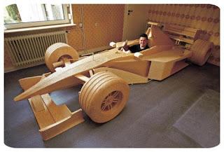 Auto de formula 1 hecho con cerillos o fosforos