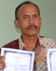 warga cangkuang cirebon ungkap keganjilan pilwu