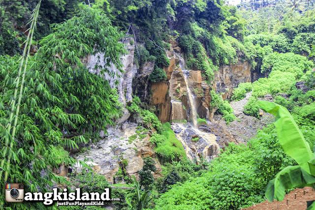 batu templek waterfall