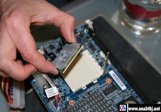 Panduan Cara Merakit Komputer (PC) Mudah Dan Lengkap
