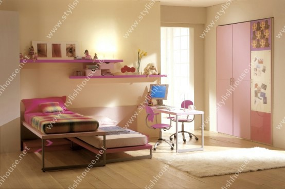 Two pink beds for princesses room  with newly peaceful  idea