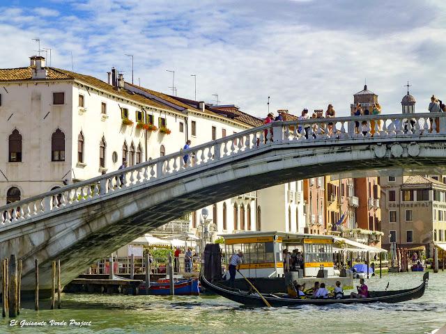 Puente de los Descalzos - Cannaregio, Venecia por El Guisante Verde Project