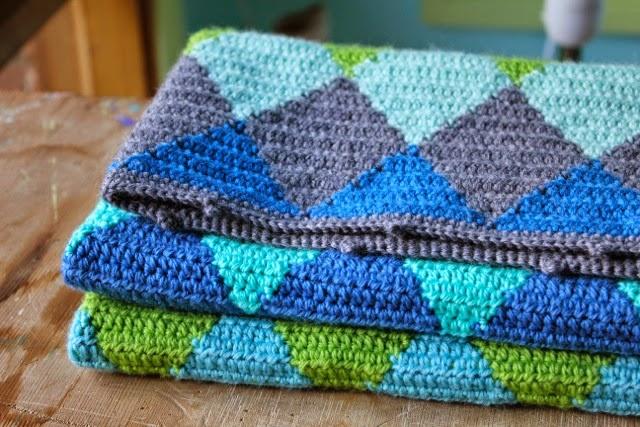 Little Woollie Crochet Harlequin Blanket 4