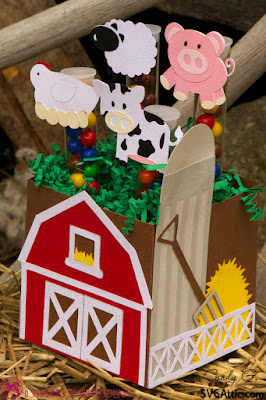 Barn box with chicken, sheep, pig and cow